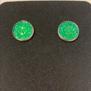 🎀5/$25🎀 Green Druzy Earrings